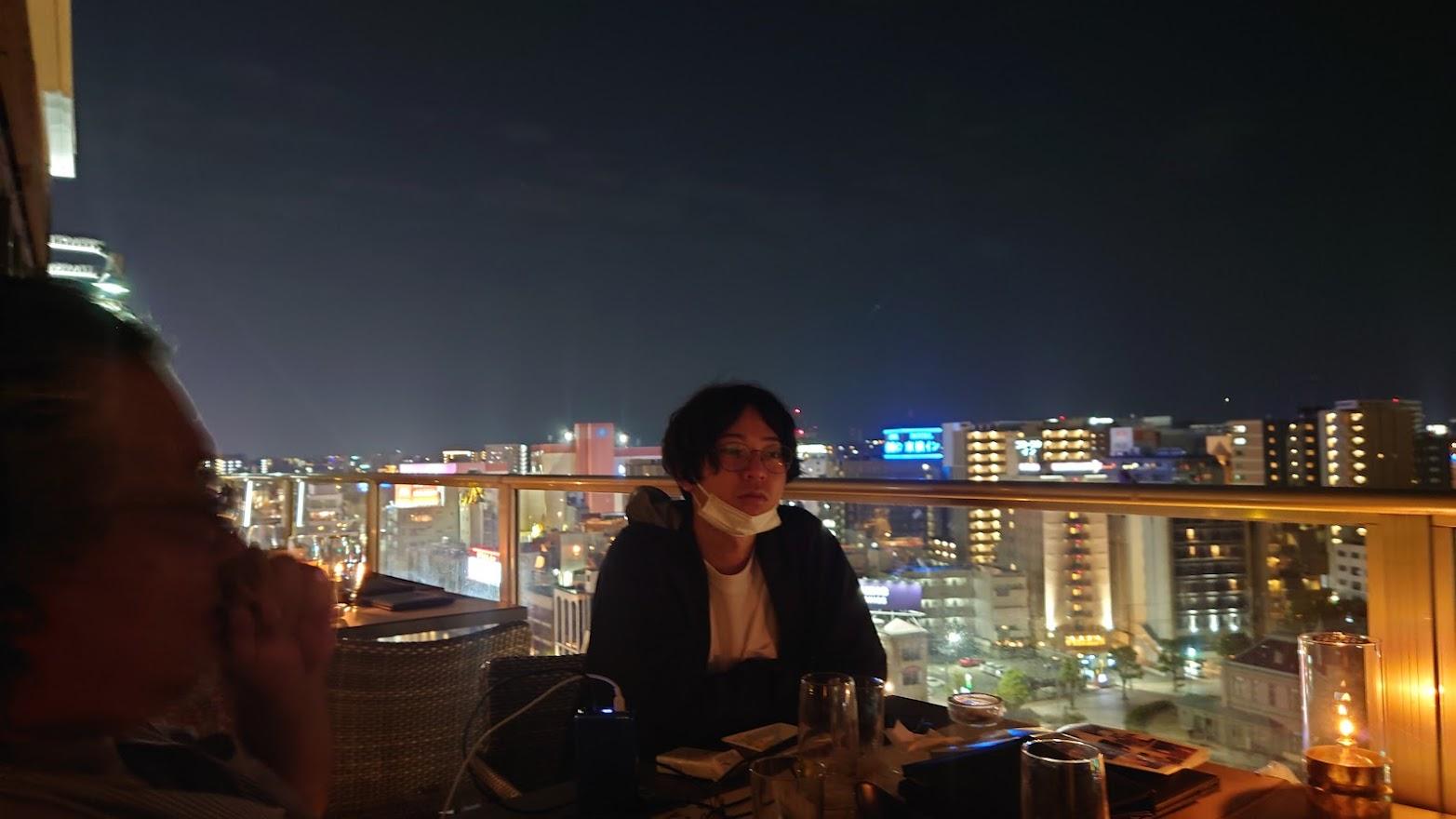 博多の夜は少し寒かったです。日本海側なので実は福岡は結構冬寒い。